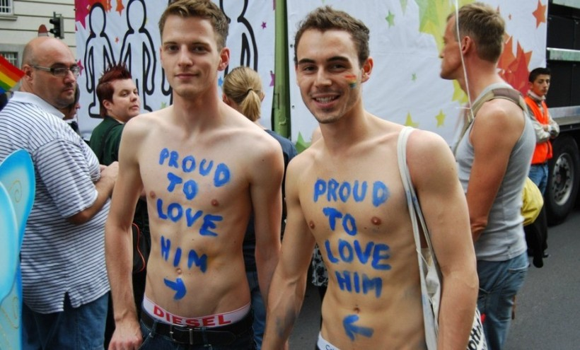 best-gay-pride-in-europe-vienna-gay-pride-copyright-lisi-niesner1