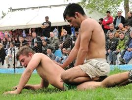 greek-wrestlers-by-jim-mavro-004