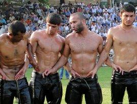 greek-wrestlers-by-jim-mavro-005