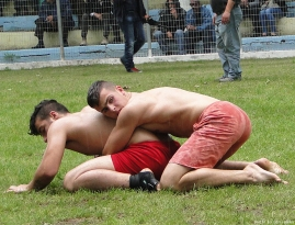 greek-wrestlers-by-jim-mavro-015